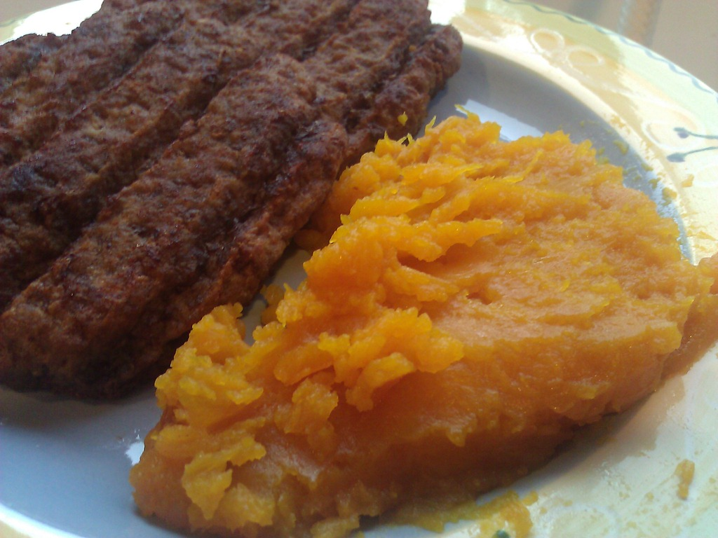 Burgers and mashed pumpkin