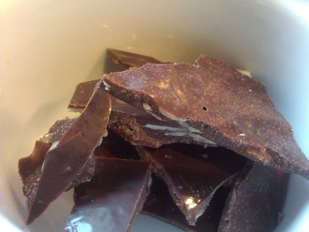 Making low carb coconut oil chocolate